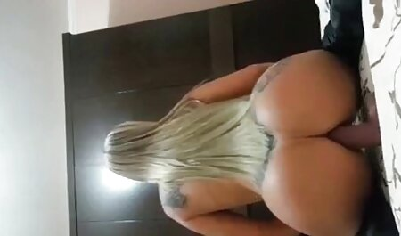豊かな脂肪女性dildoing彼女のスリット 女の子 専用 エロ 動画